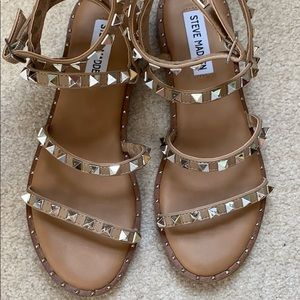 Steve Madden Travel Tan Strappy Sandals SIZE 6